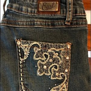 (3 for $25) EARL BLING JEANS SIZE 9